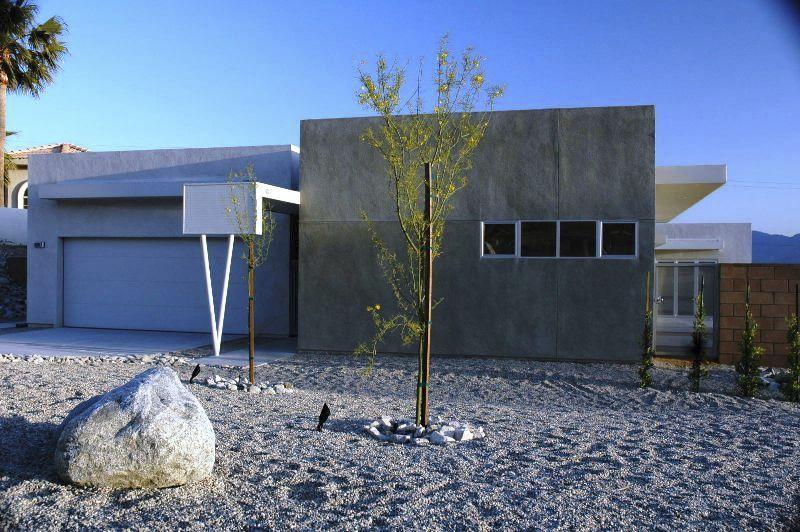 Prefab House / Contemporary / Concrete   DESERT HOT SPRINGS
