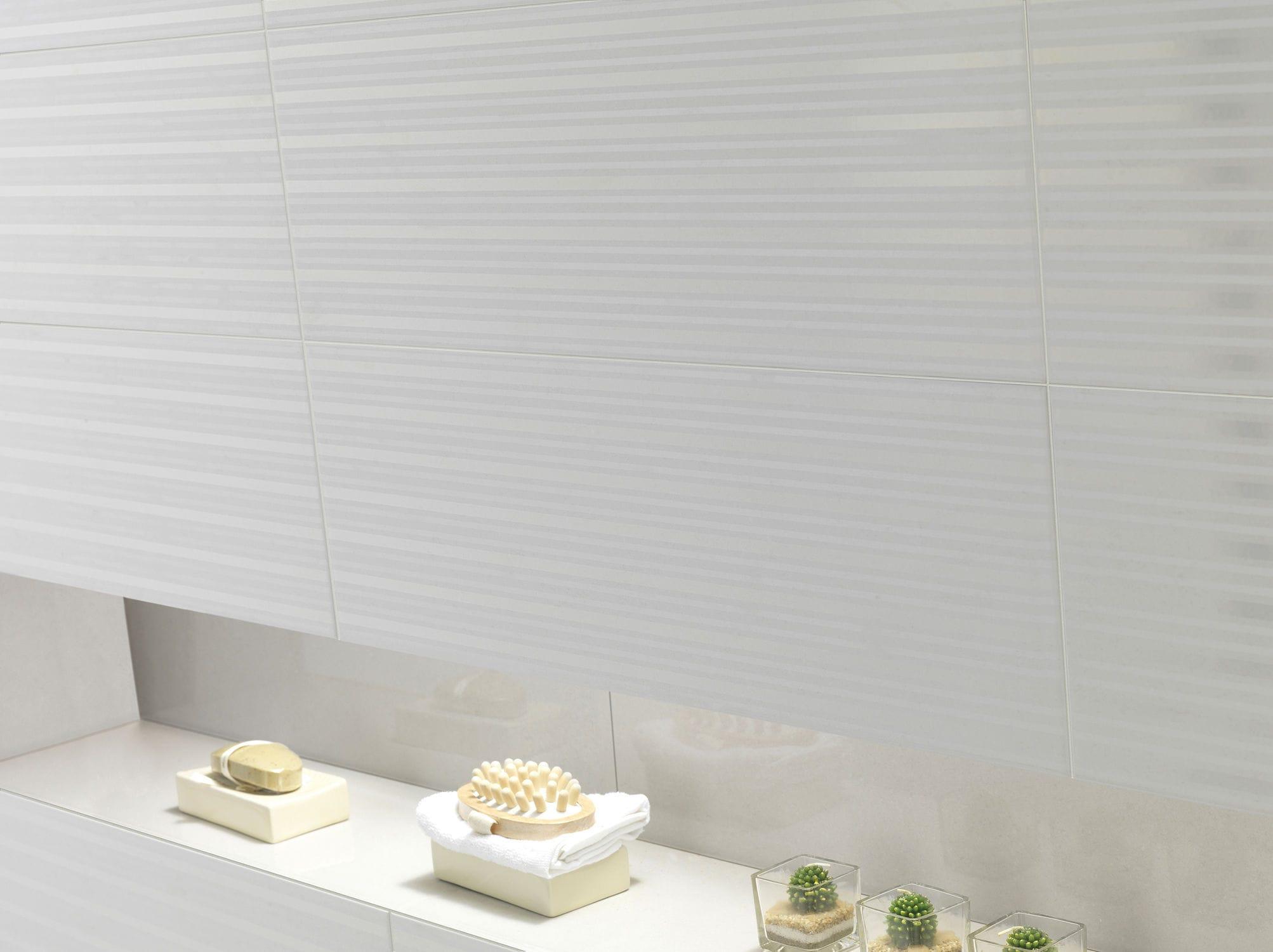 Bathroom tile wall ceramic plain hard rock domino bathroom tile wall ceramic plain hard rock domino dailygadgetfo Images