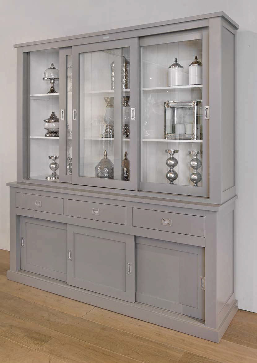 Traditional Display Case Wooden Boxx Richmond Interiors # Photos Vitrine En Bois