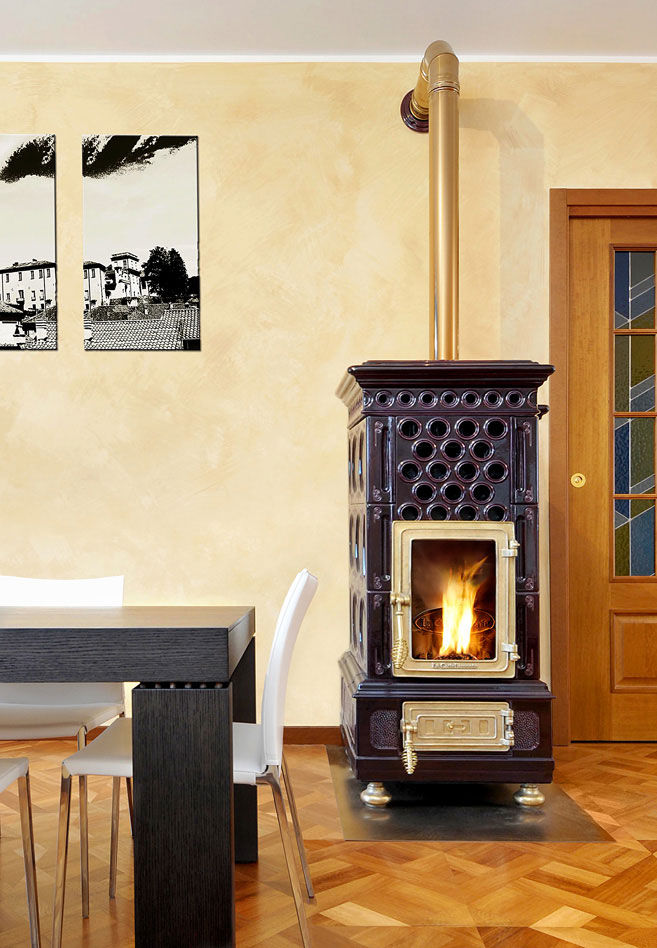 Pellet heating stove / traditional / metal / earthenware ...