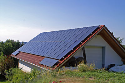 monopitched roof mounting system for tiled roofs onroof for pv