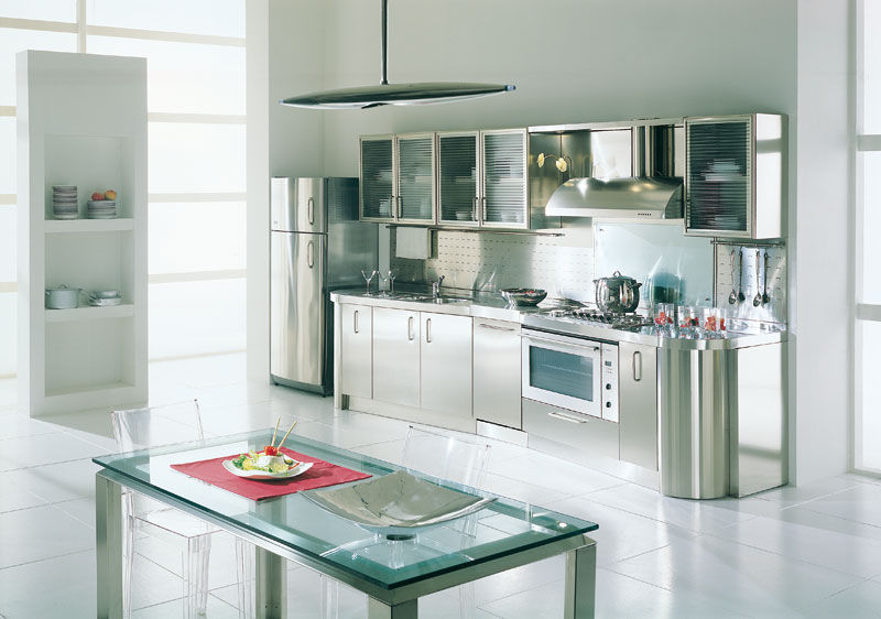 Contemporary Kitchen / Glass / Stainless Steel   WAGON