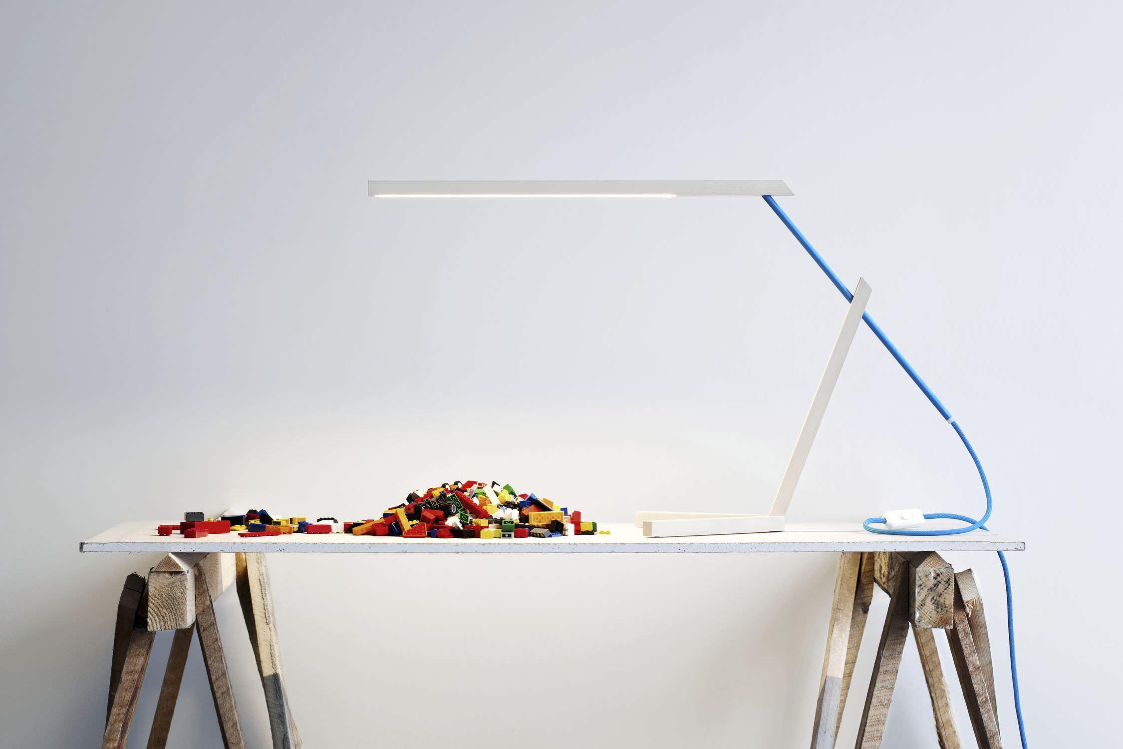 Desk Lamp Minimalist Design Aluminum Maple