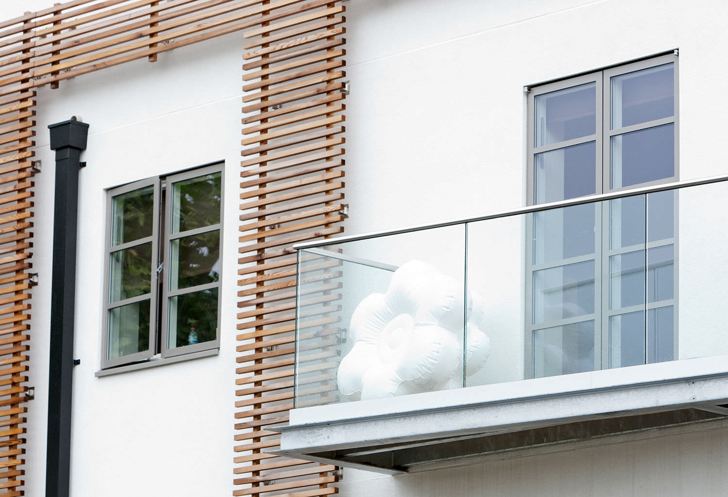 ... Balcony with panels / glass EASY GLASS Q Railing Europe Holding GmbH  ...