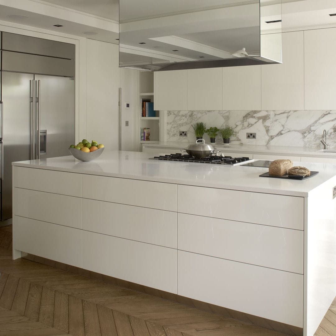 Contemporary Kitchen / Stainless Steel / Laminate / Island   CHELSEA