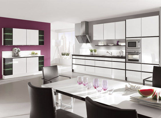 Contemporary Kitchen Wooden Lacquered High Gloss High