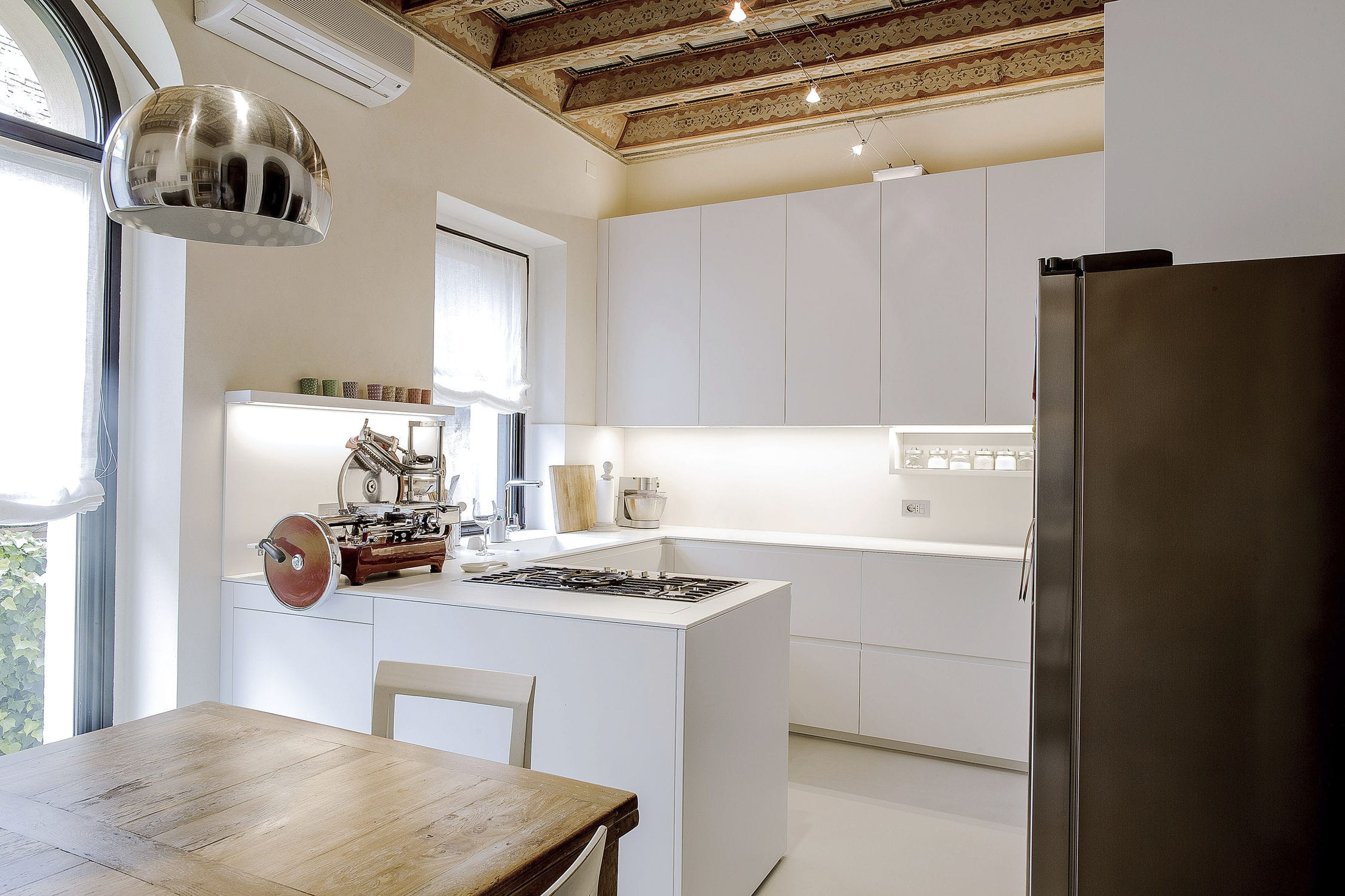Contemporary Kitchen Lacquered Wood Corian L Shaped