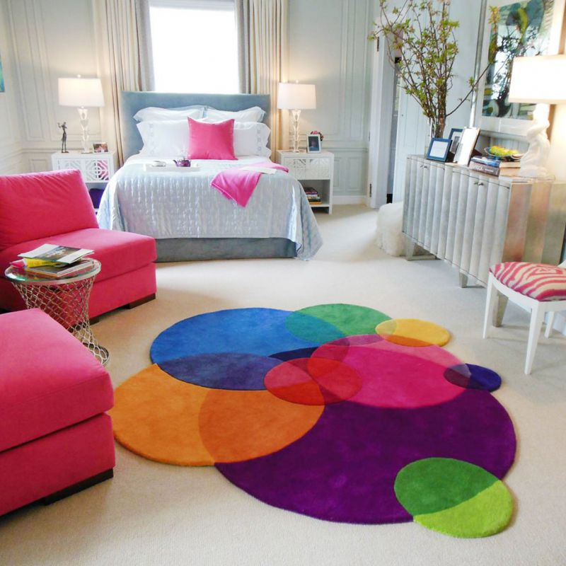 Contemporary Rug Patterned New Zealand Wool Round