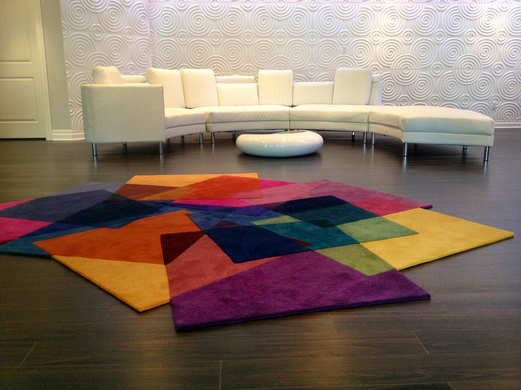 Contemporary Rug Patterned New Zealand Wool Rectangular After Matisse Sonya Winner