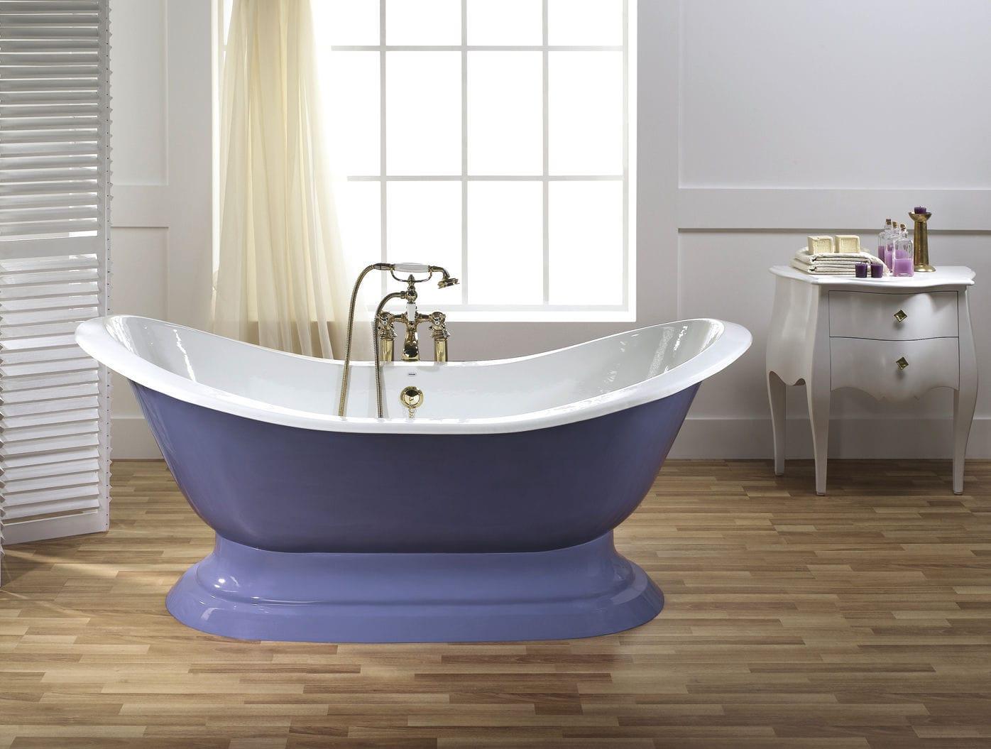 Bathtub with legs / oval / cast iron - ANTIQUE - RECOR