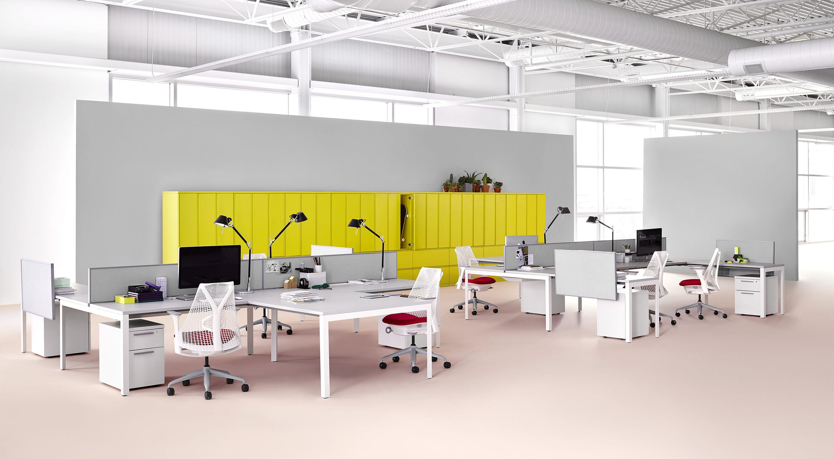 Workstation Desk Wood Veneer Laminate Metal LAYOUT STUDIO Herman Miller Europe