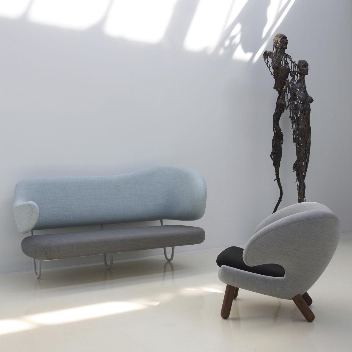 Scandinavian Design Sofa / Fabric / Lacquered Steel / By Finn Juhl   WALL