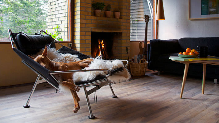 Exceptionnel Contemporary Chaise Longue / Stainless Steel / By Hans J. Wegner ...