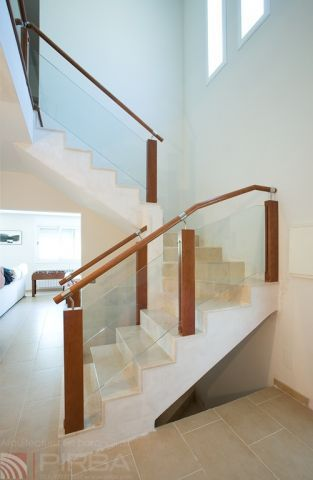 Beautiful ... Wooden Railing / Glass Panel / Indoor / For Stairs ...