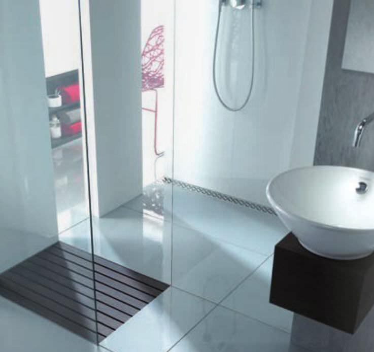 Stainless Steel Linear Shower Drain   SHOWER CHANNELS
