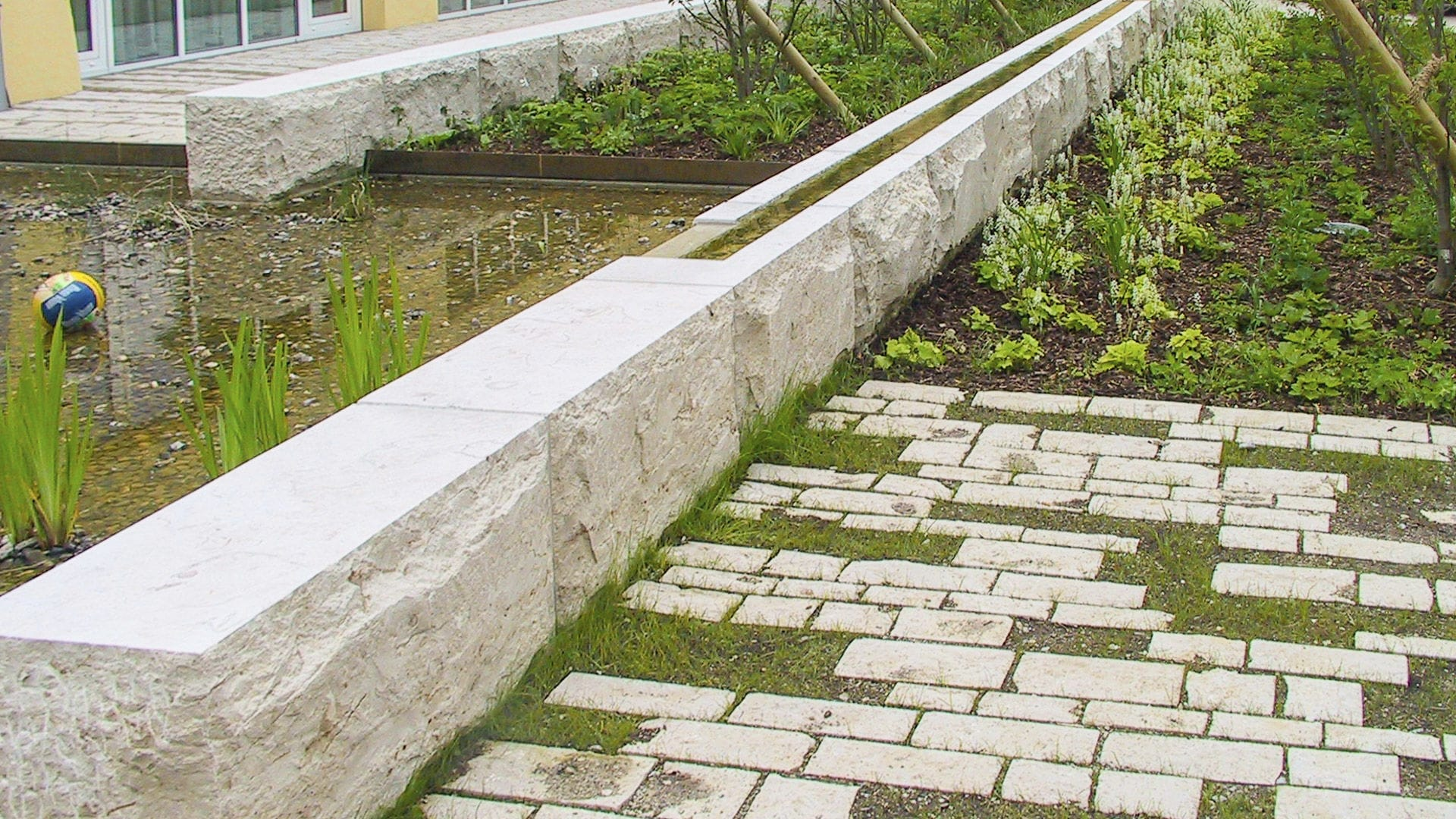 Franken Schotter paver drive for spaces outdoor