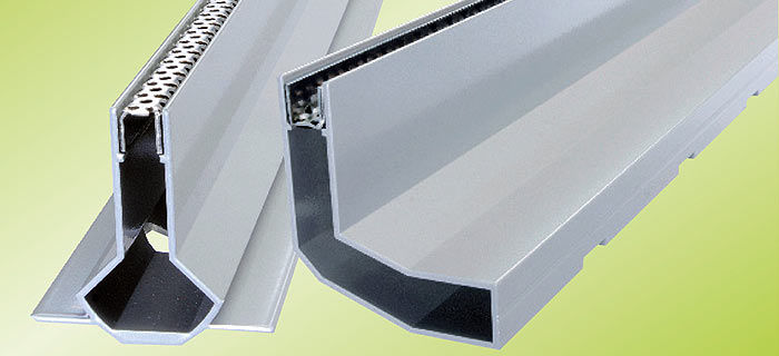 Incroyable Patio Drainage Channel / Aluminum / With Central Slot / With Grating    AQUADRAIN® SR