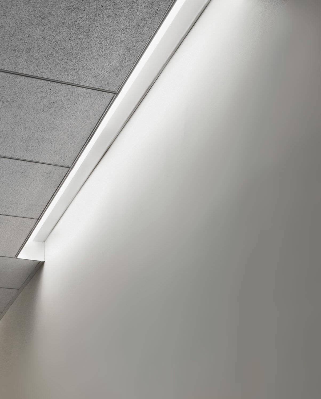 Ceiling lighting profile / built-in / fluorescent / modular - SLOT ...