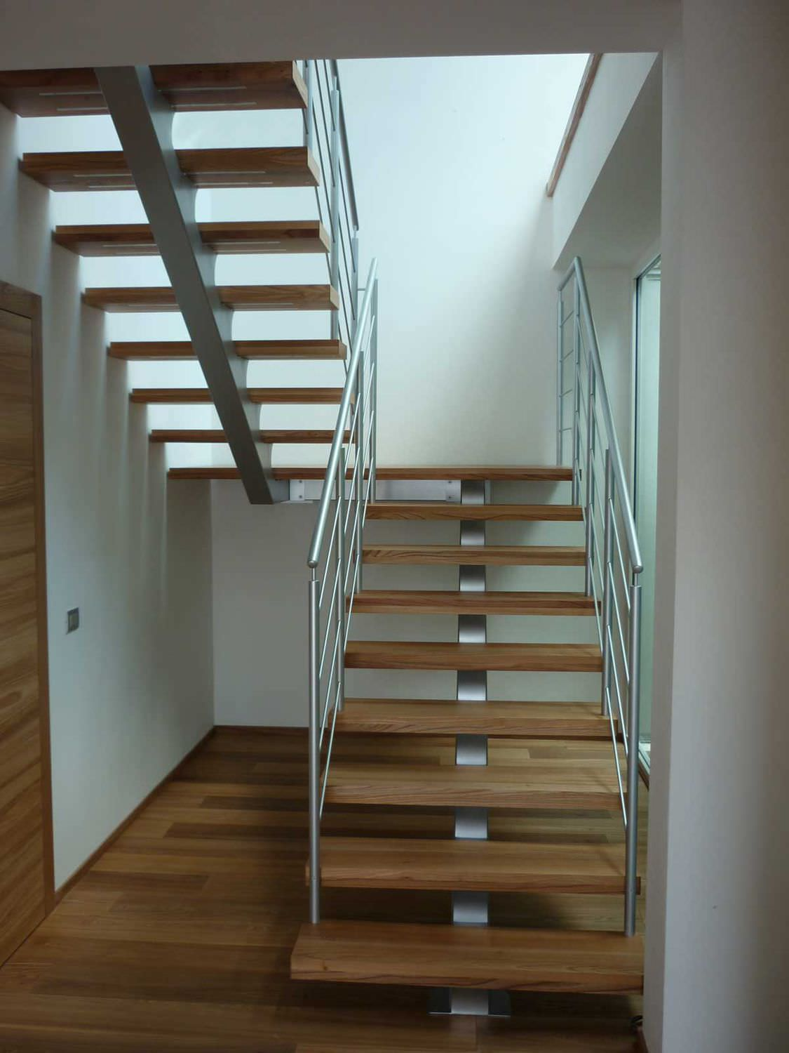 ... Straight Staircase / Quarter Turn / Half Turn / Metal Frame ...