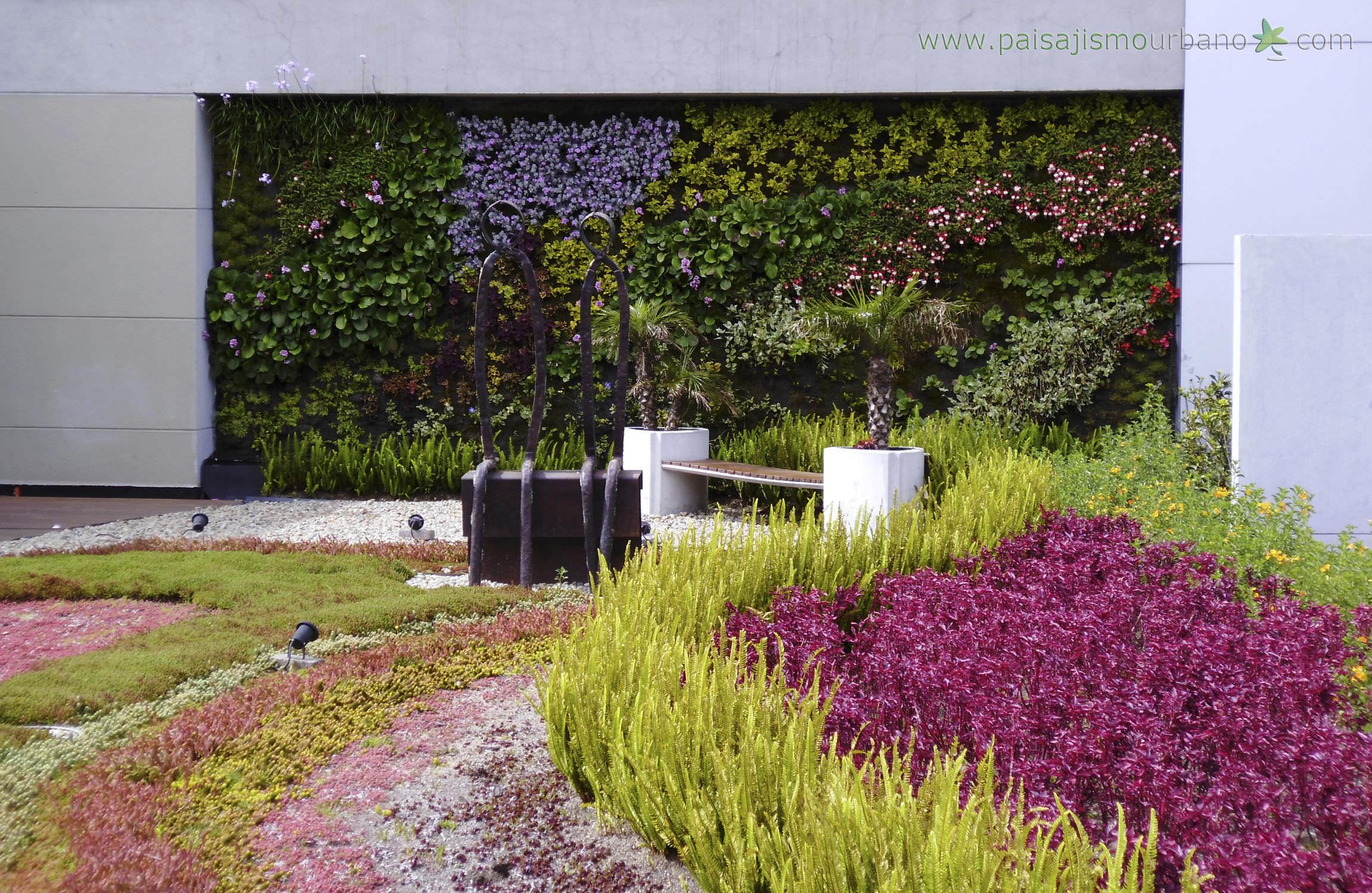 exterior green facade jardin vertical biomax paisajismo urbano