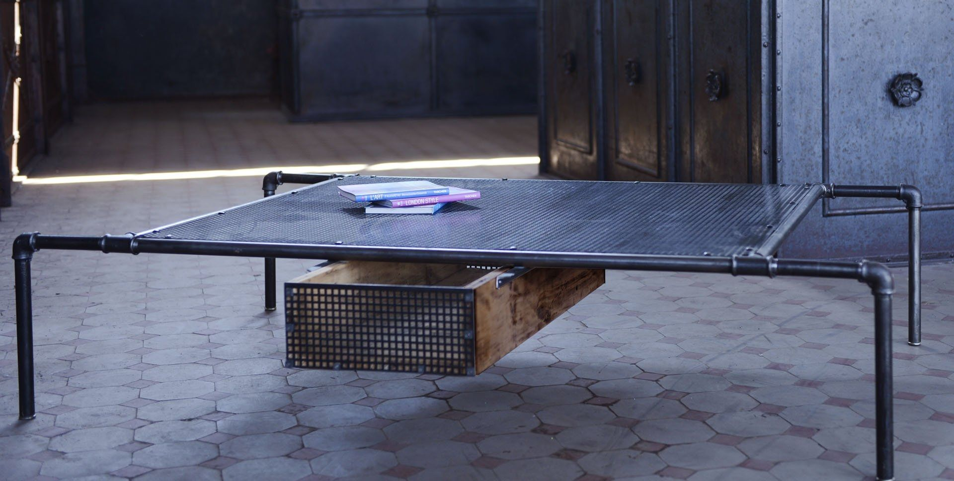 Industrial Style Coffee Table / Steel / Rectangular   SPIDER Part 47