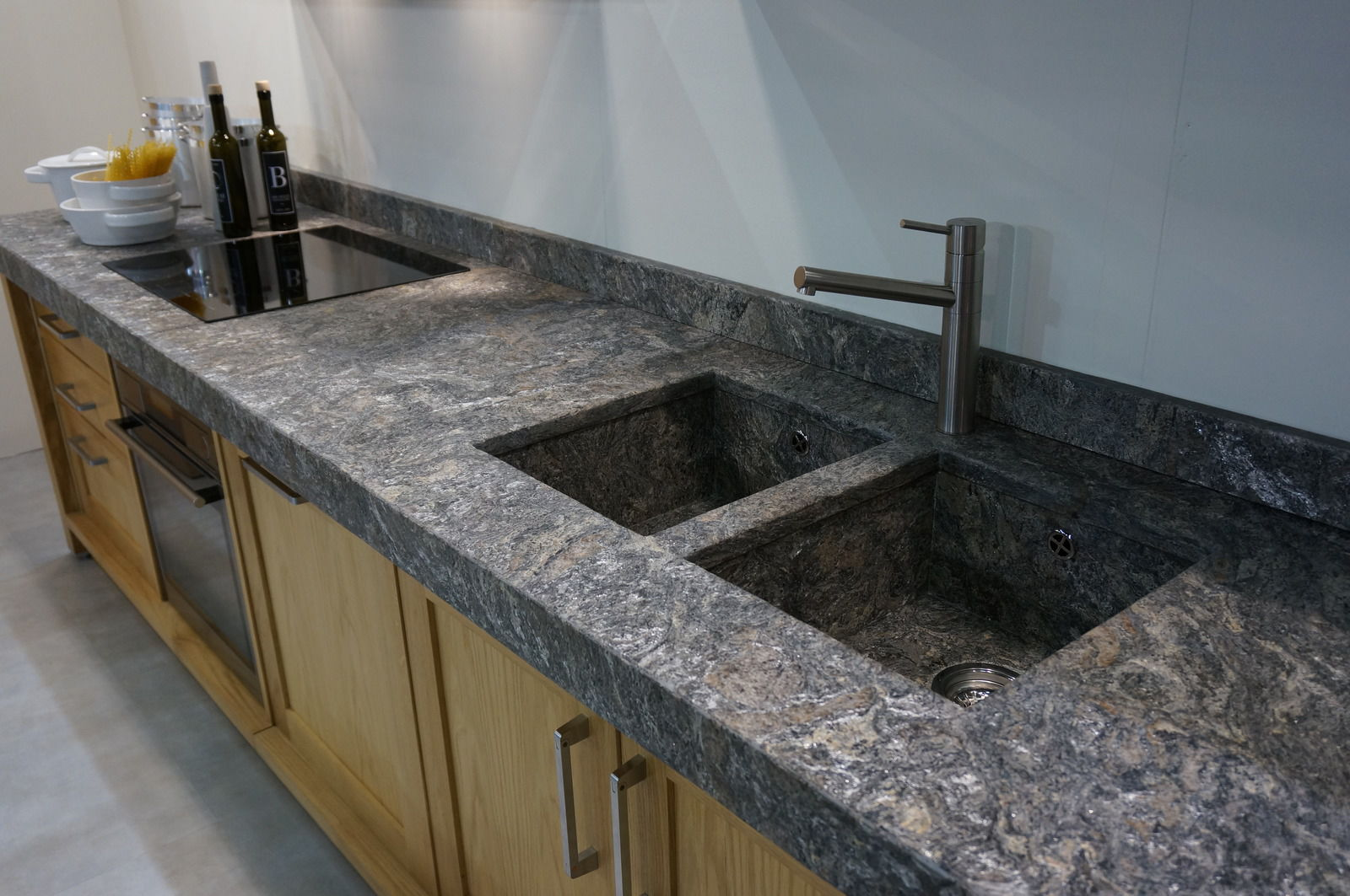 Resin countertop / stone / kitchen - STARLIGHT - DESK FORM, a.s