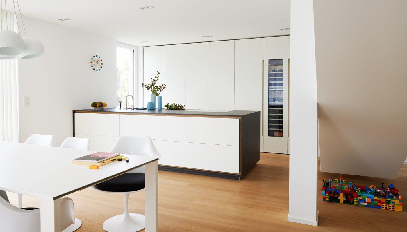 Küchen Schweinfurt contemporary kitchen lacquered wood island house