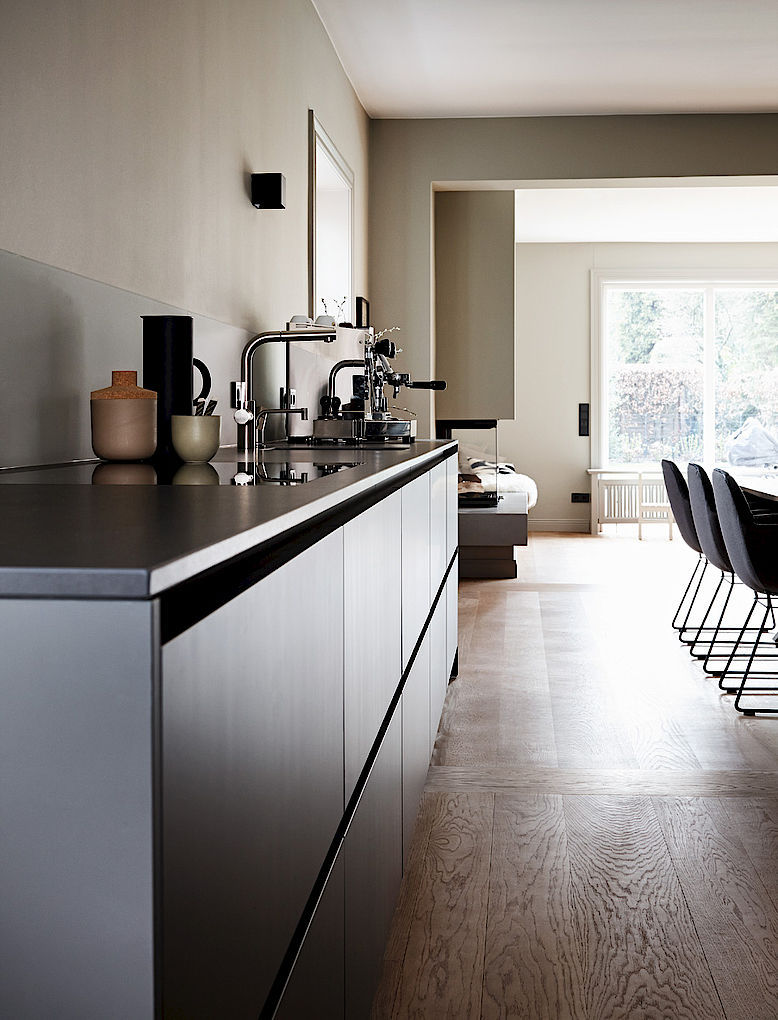 Contemporary kitchen / laminate / stone / island - HOUSE HAMBURG ... | {Küchen hamburg 35}