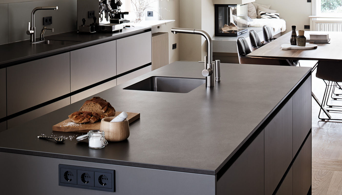 Contemporary kitchen / laminate / stone / island - HOUSE HAMBURG ... | {Küchen hamburg 3}
