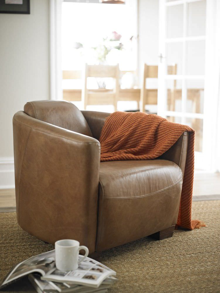 Traditional Armchair / Leather   ROCKET