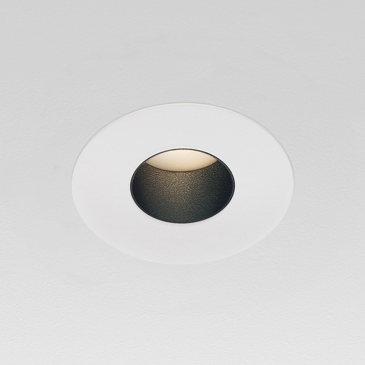 luzifer lighting. Recessed Downlight / For Outdoor Use LED Round - 2RP-FD-1 Luzifer Lighting L