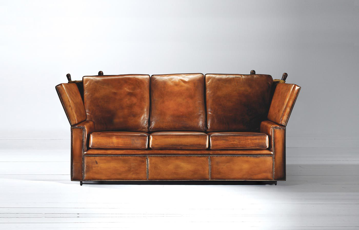 Traditional Sofa / Leather / 3 Seater / Brown   KNOLE