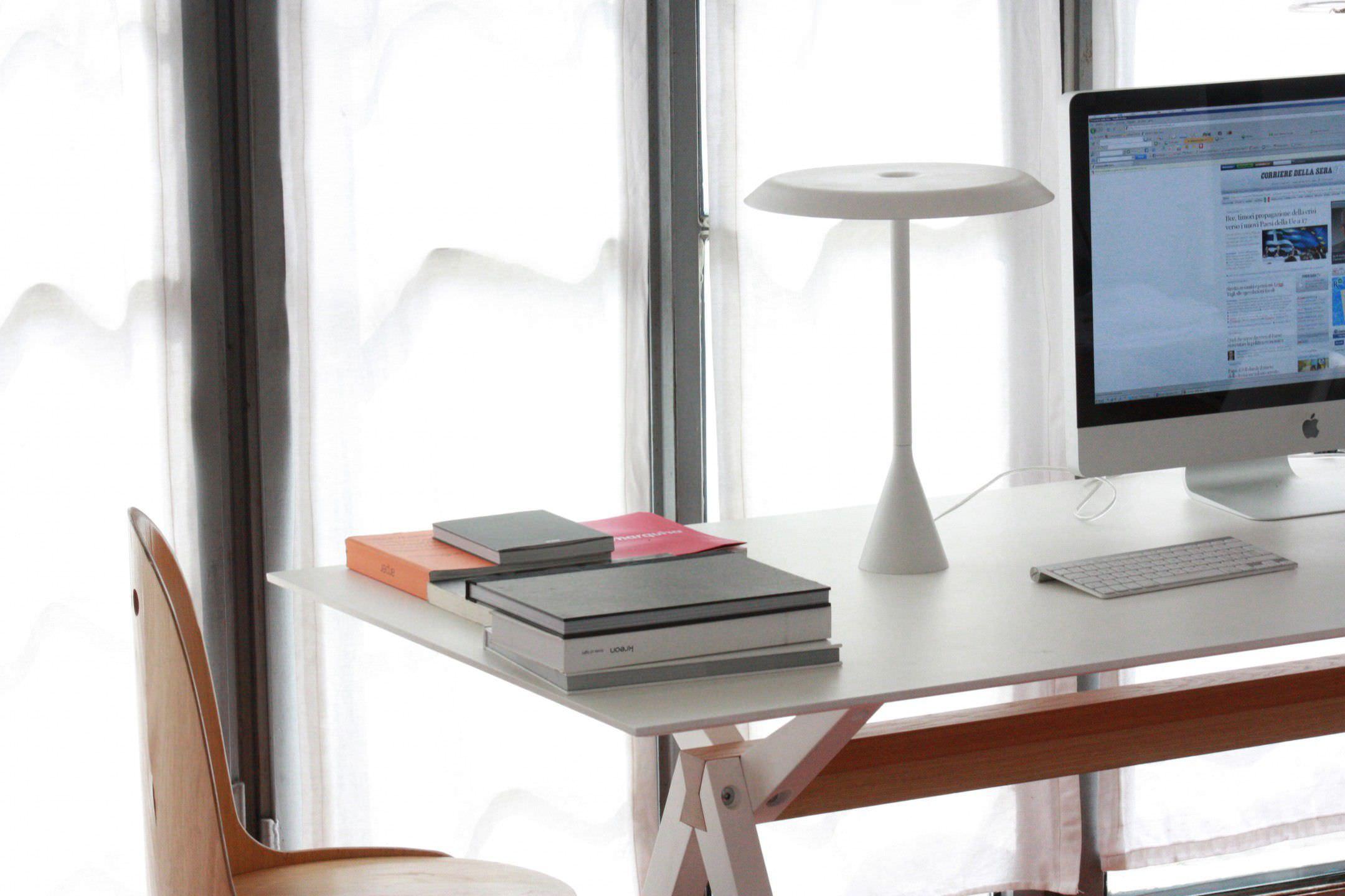 Table lamp original design aluminum polycarbonate PANAMA