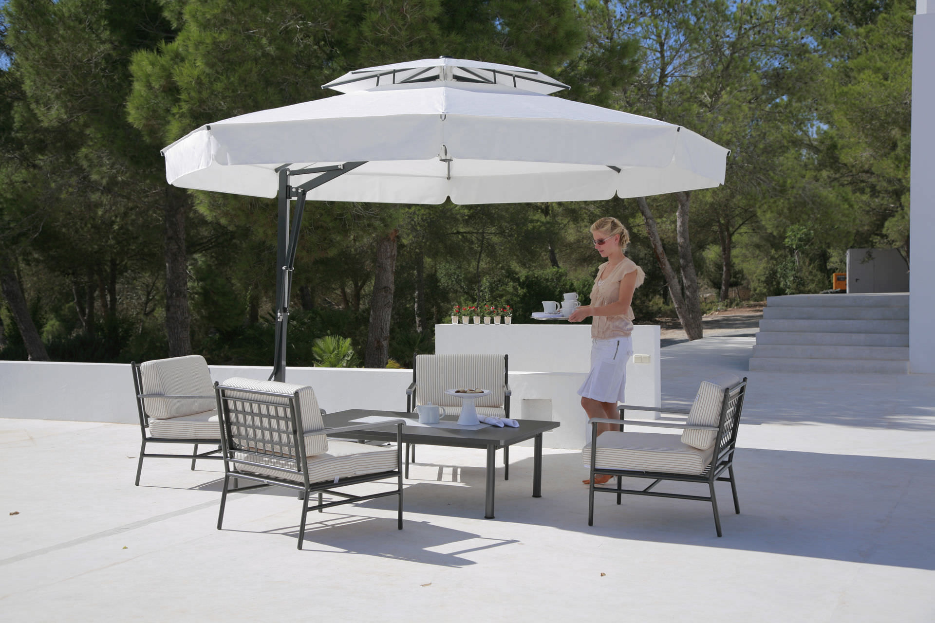 ... Offset Patio Umbrella / For Bars / For Public Pools / For Hotels  BELVEDERE CARAVITA ...