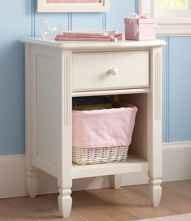 Traditional Bedside Table / Solid Wood / Rectangular / Outdoor   MADELINE