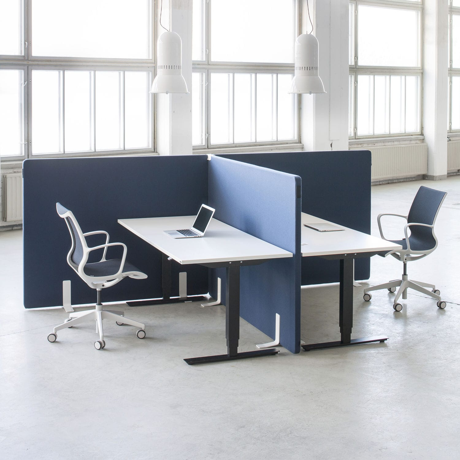 Contemporary Office Chair / On Casters / With Armrests / Star Base   STILL