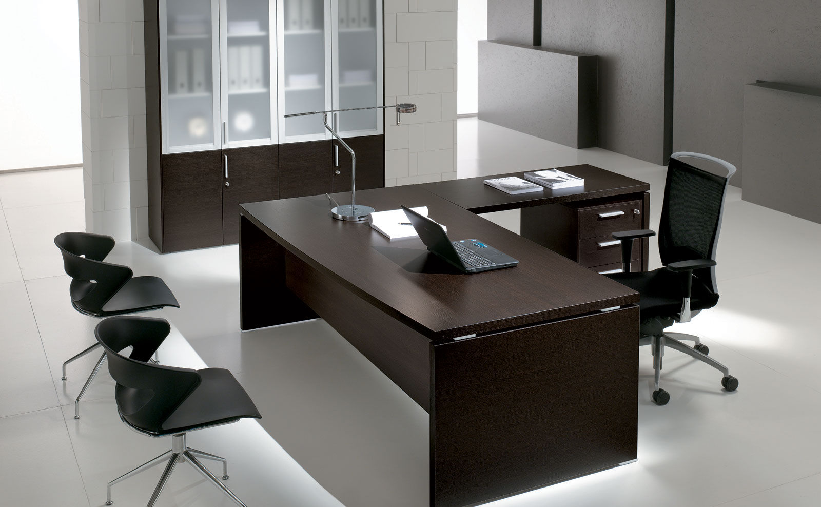 ... Executive Desk / Wood Veneer / Aluminum / Glass ...