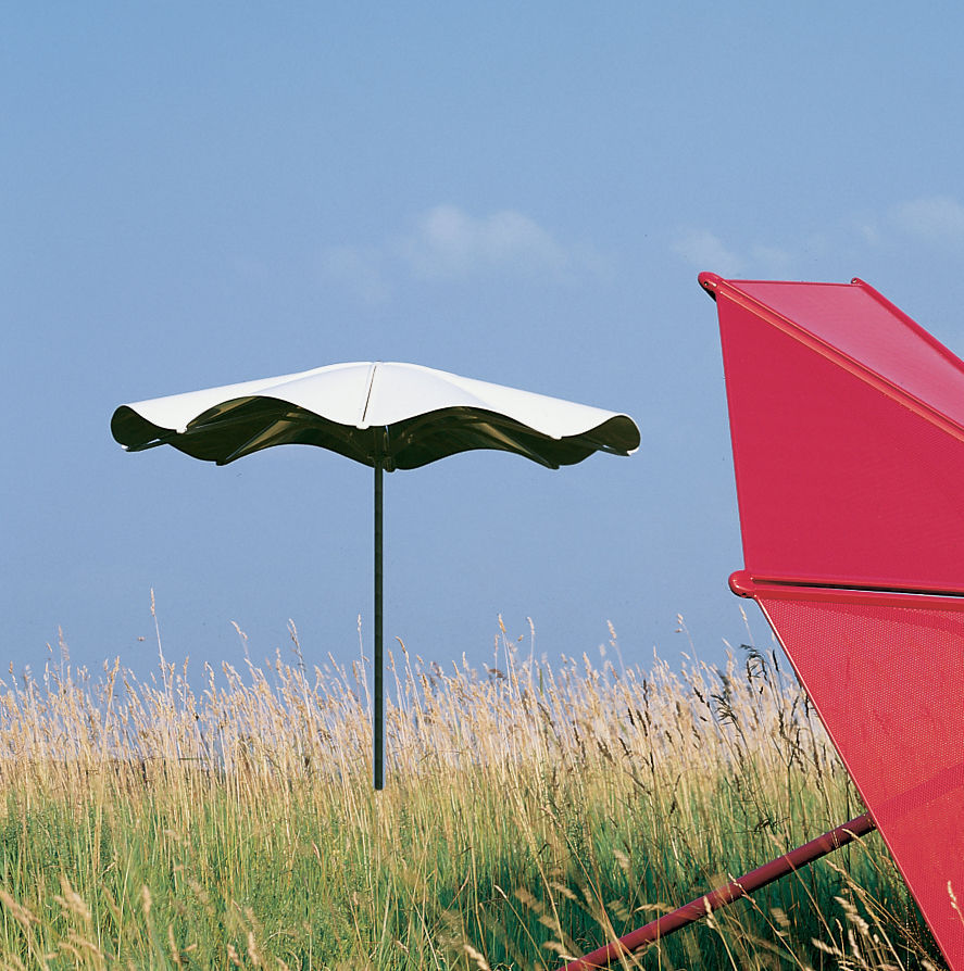 ... Commercial Patio Umbrella / Metal / Wind Resistant SOLSTICE By Robert  Chipman Landscapeforms ...