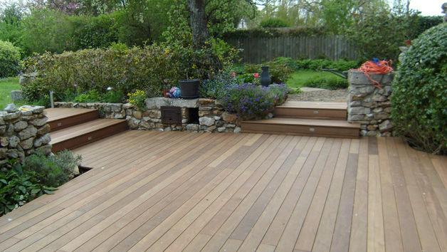 Wooden deck boards / clip-on - TERRASSES SUR SOL DUR - Groupe grad