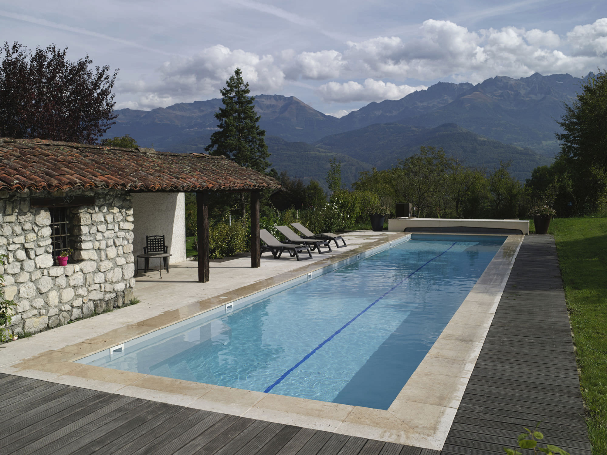 Inground concrete swimming pool (lap pool) - PISCINES CARRE BLEU