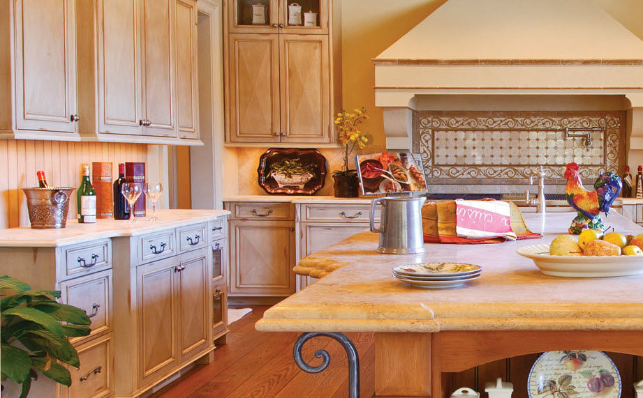 Traditional painted wood kitchen (country style) - FRENCH COUNTRY ...