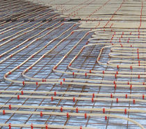 Hot water underfloor heating / industrial