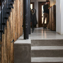 Self-leveling flooring / concrete / commercial / residential
