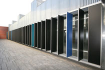 Aluminum solar shading / for facades / swiveling