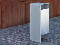 Public trash can / galvanized steel / with built-in ashtray / contemporary