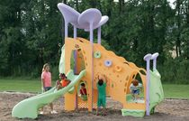 Plastic play structure / for playgrounds / handicapped