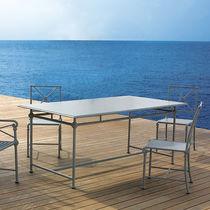 Traditional table / aluminum / rectangular / round