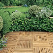Wooden grating / for exterior flooring
