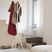 Floor coat rack / contemporary / aluminum / methacrylate