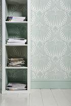 Traditional wallpaper / damask